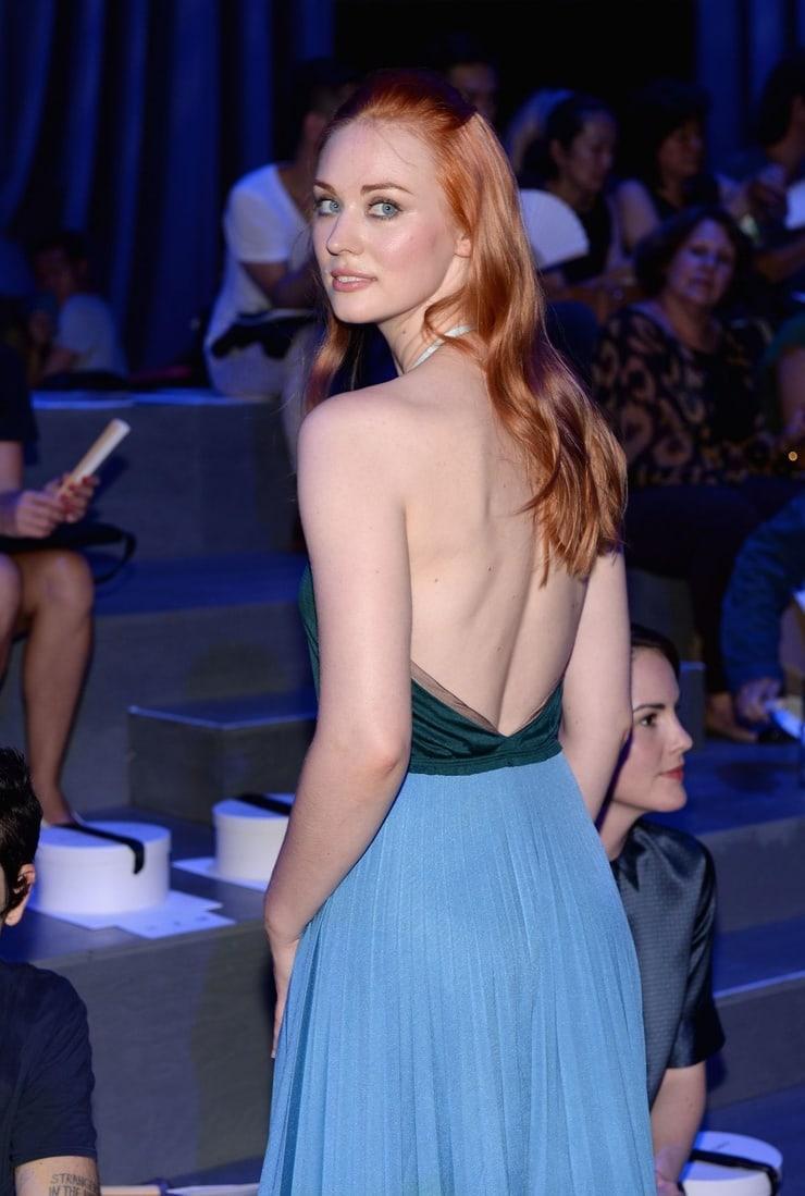 Deborah Ann Woll amazing butt pics