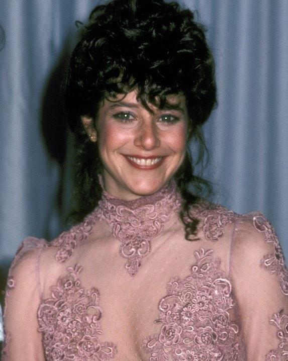Debra Winger hot look pic