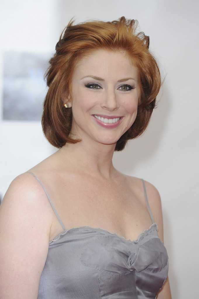 Diane Neal sexy cleavage pics