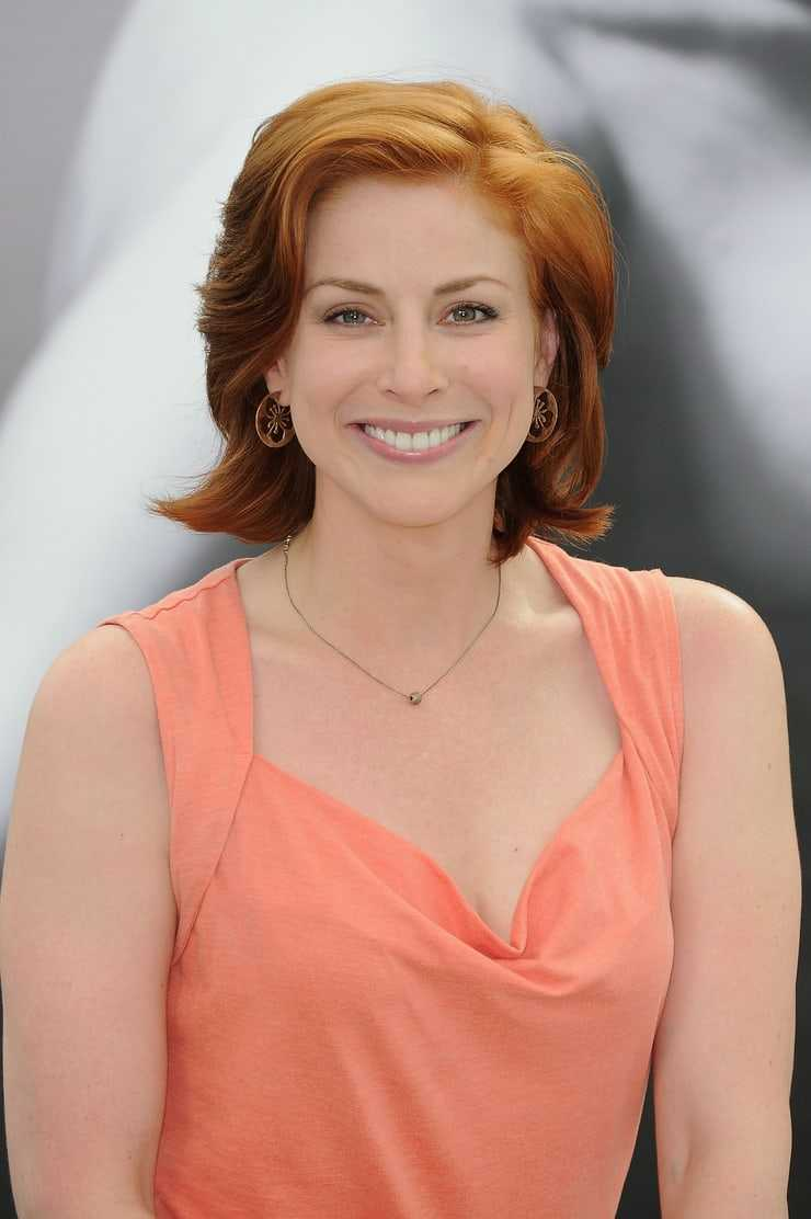 Diane Neal sexy look pictures