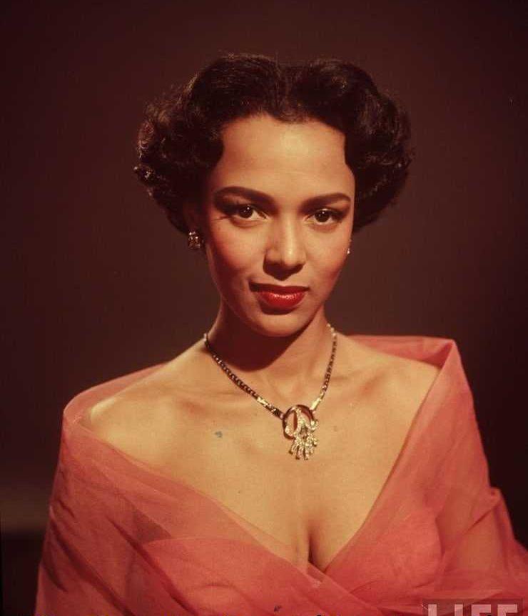 Dorothy Dandridge sexy tits pictures