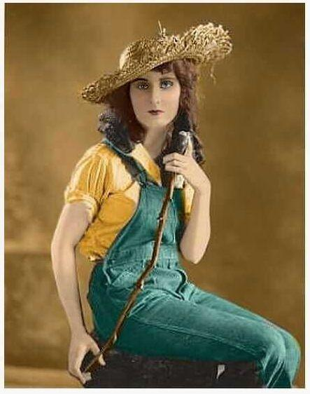 Fay Wray hot pictures