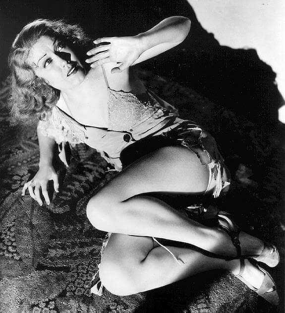 Fay Wray near nude pics