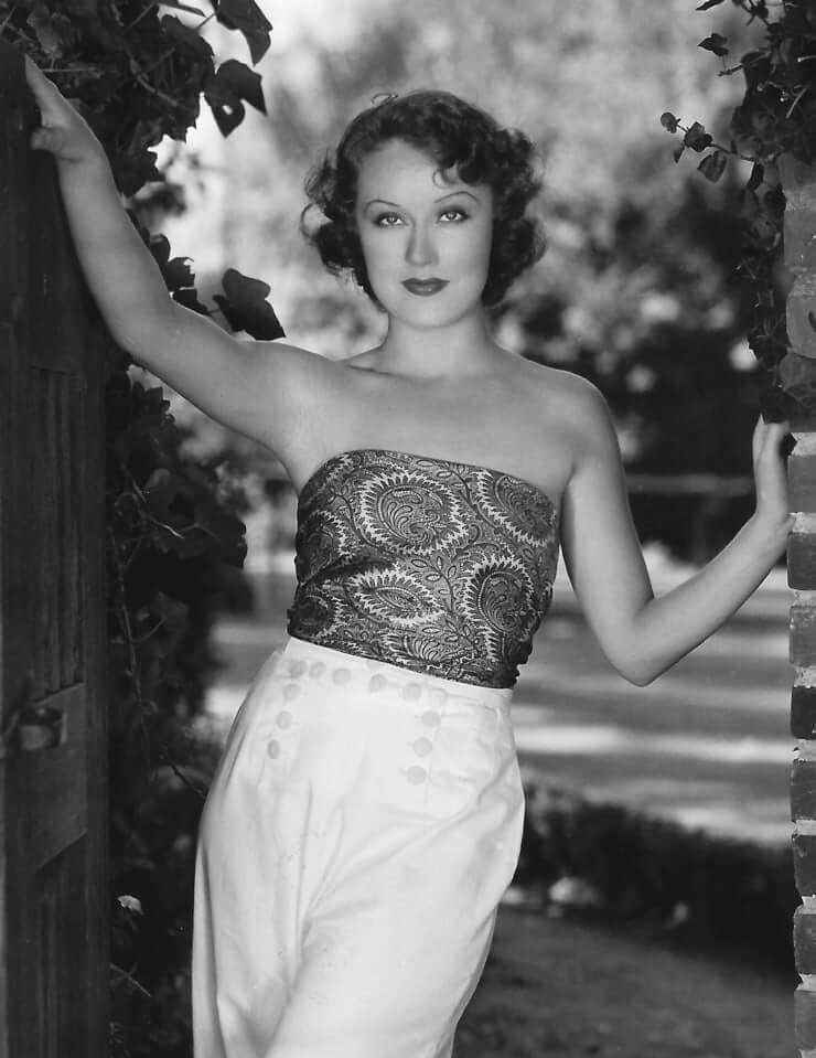 Fay Wray topless pics