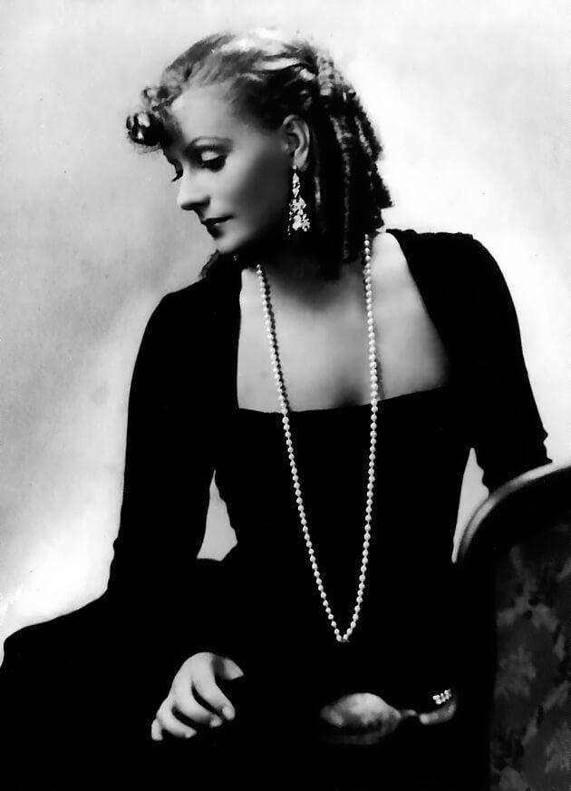 Greta Garbo beautiful pics