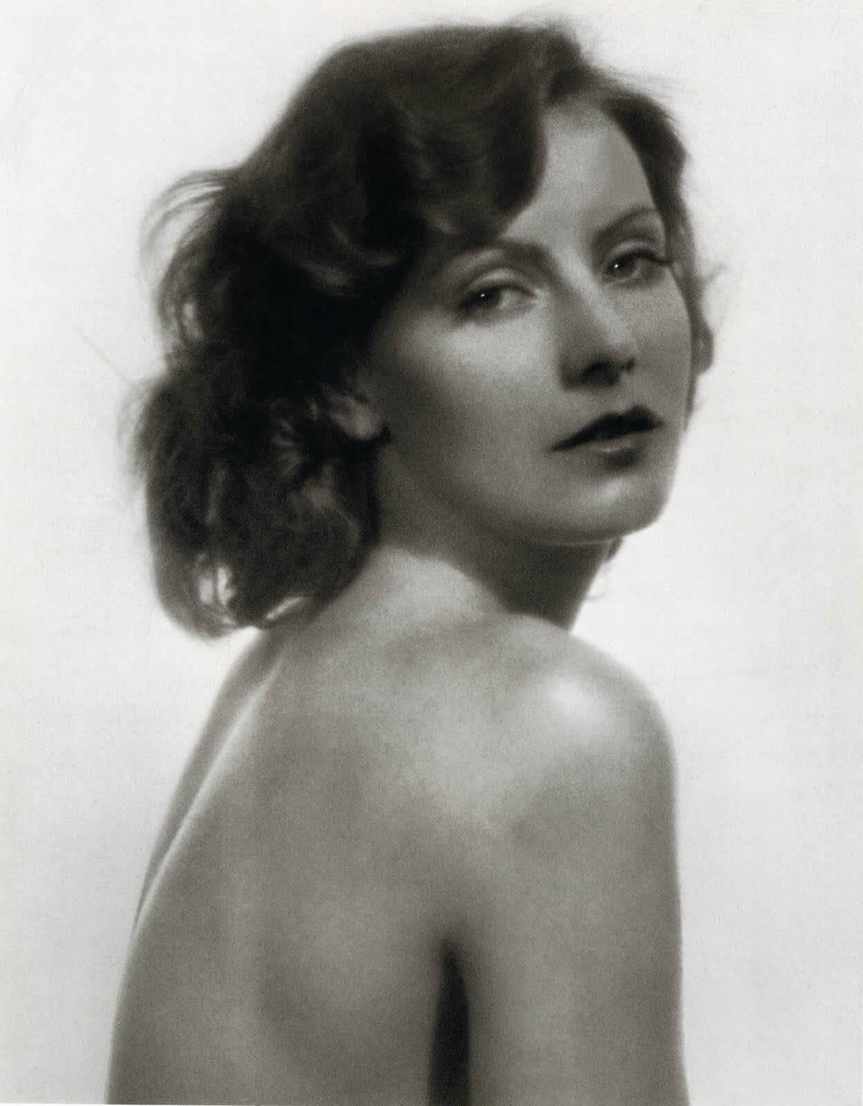 Greta Garbo naked pics