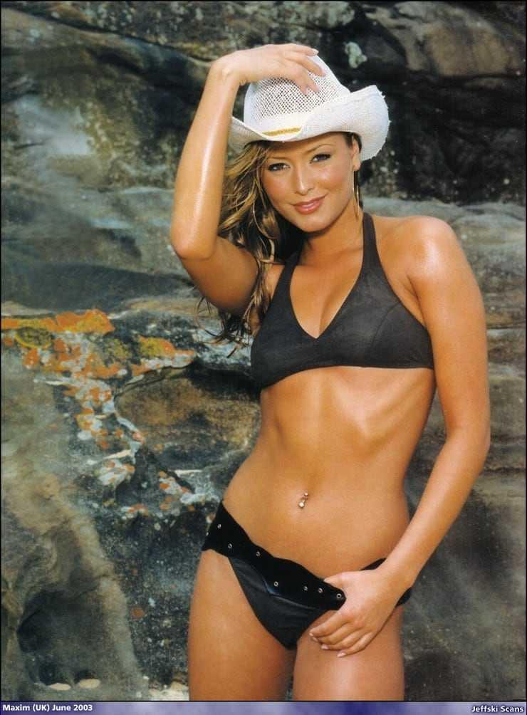 Holly Valance hot look pics