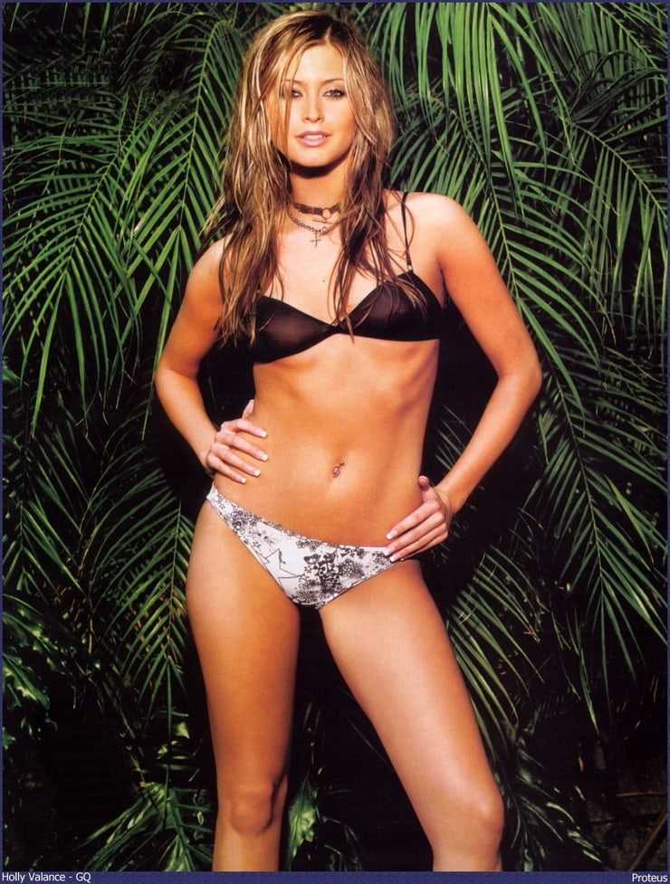 Holly Valance hot look pictures