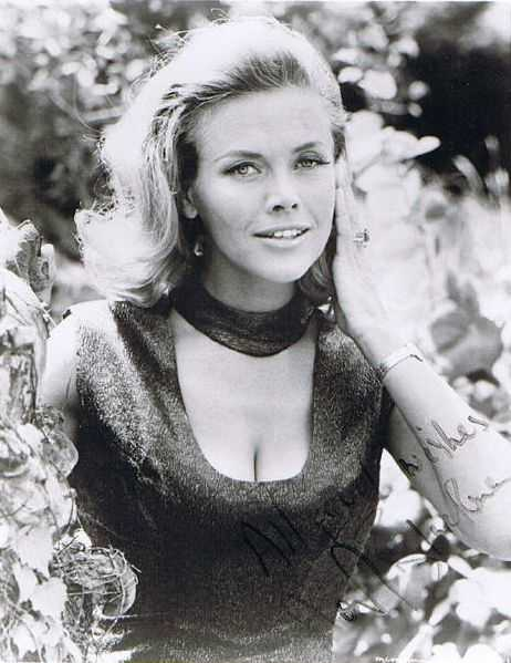 Honor Blackman hot pictures