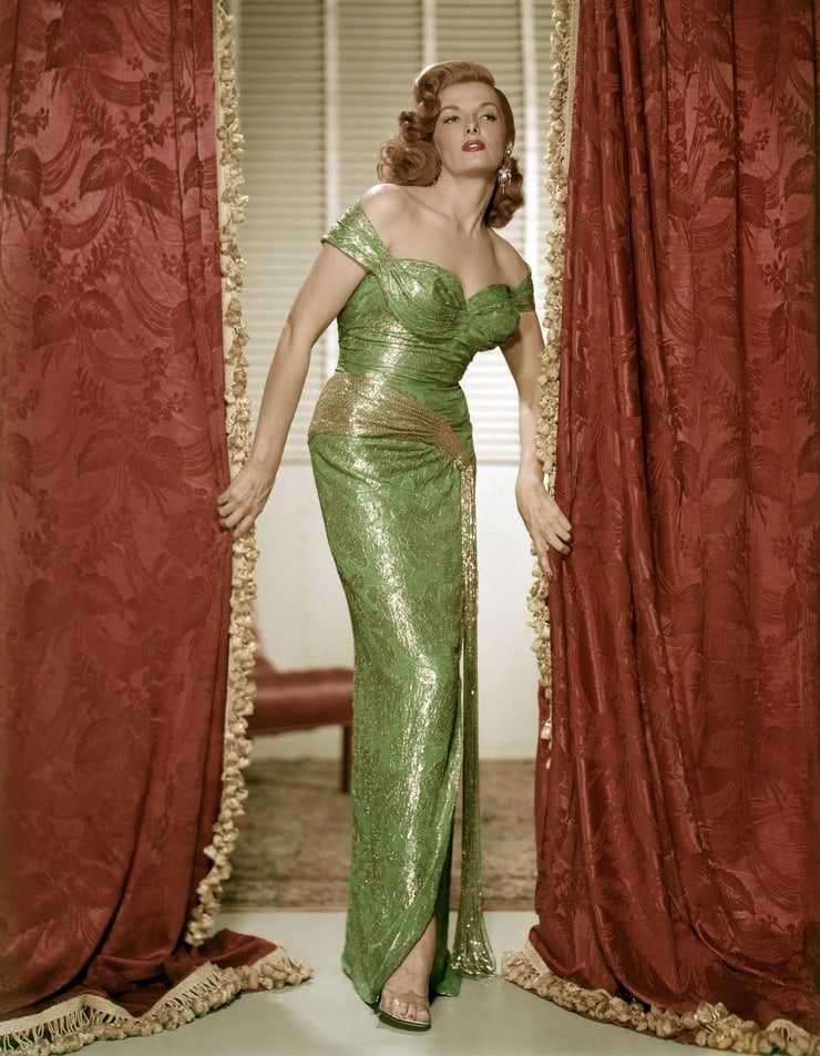Jane Russell hot pictures