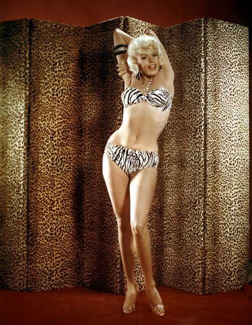 Jayne Mansfield hot bikini pics