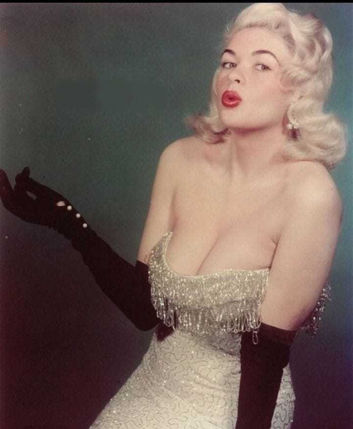 Jayne Mansfield sexy cleavage pictures