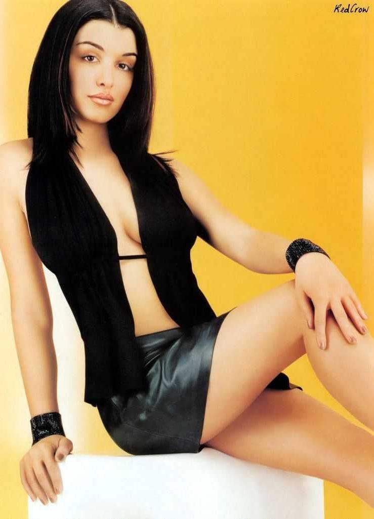 Jenifer Bartoli lingerie pics
