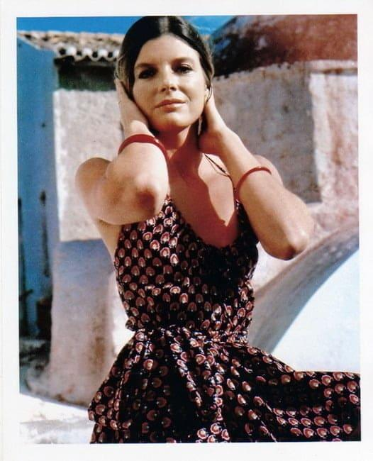 Katharine Ross sexy cleavage pics