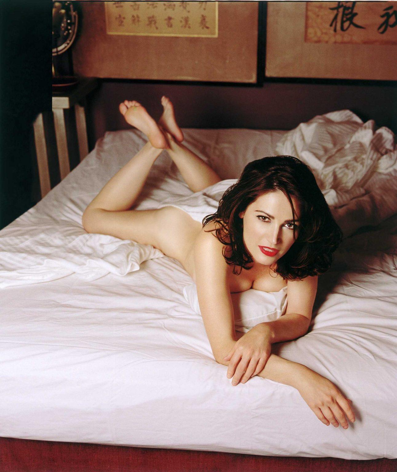 Kim Delaney near nude pics