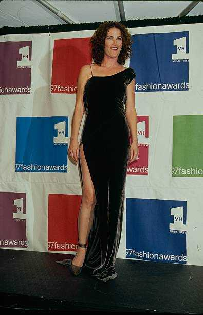 Kim Delaney sexy pics