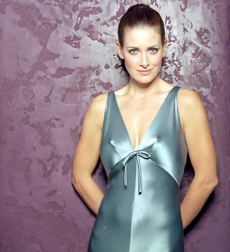 Kirsty Gallacher sexy tits pics