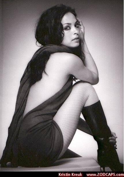 Kristin Kreuk sexy look pics