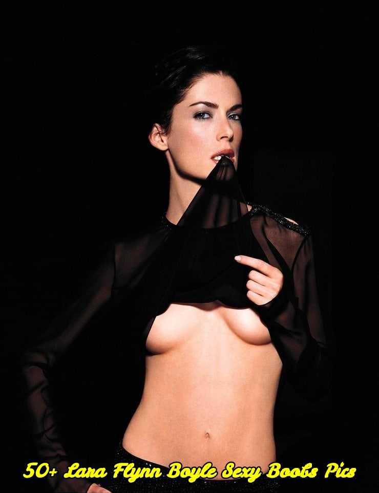 Lara Flynn Boyle sexy boobs pics
