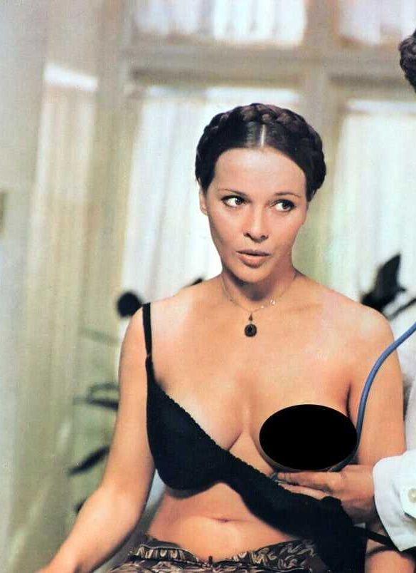Laura Antonelli hot boobs pictures