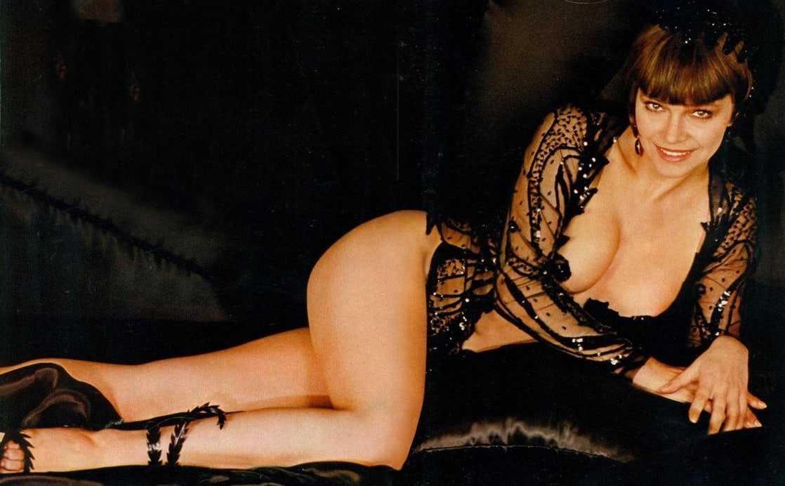 Laura Antonelli sexy side ass pics