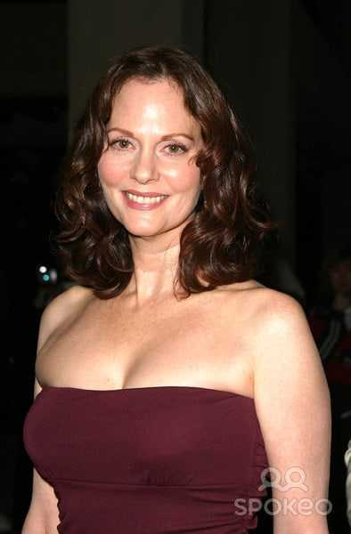 Lesley Ann Warren sexy pictures