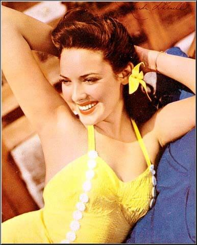 Linda Darnell sexy cleavage pictures