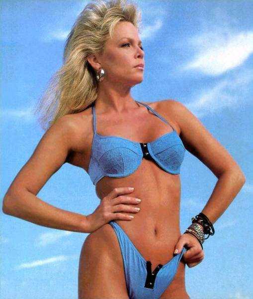 Lisa Hartman Black sexy bikini pictures