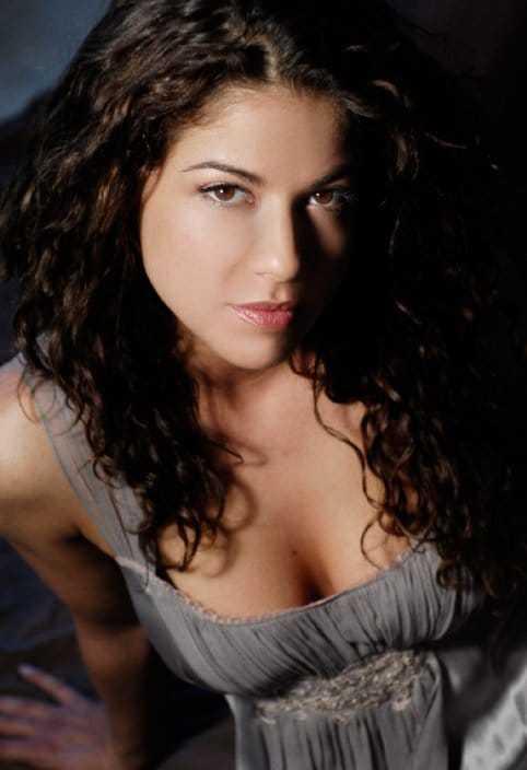 Luciana Carro big boobs pics