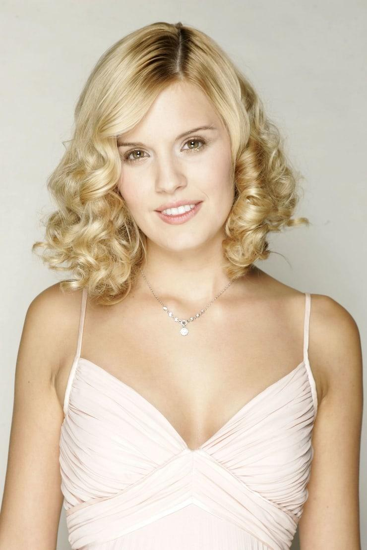 Maggie Grace cleavage pics