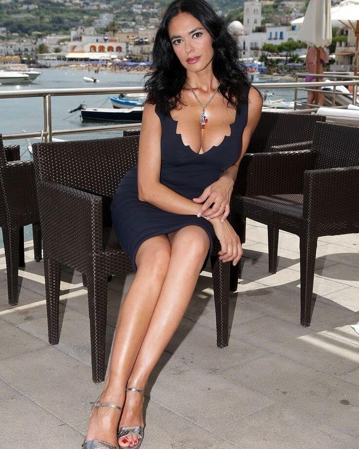 Maria Grazia Cucinotta beautiful pics