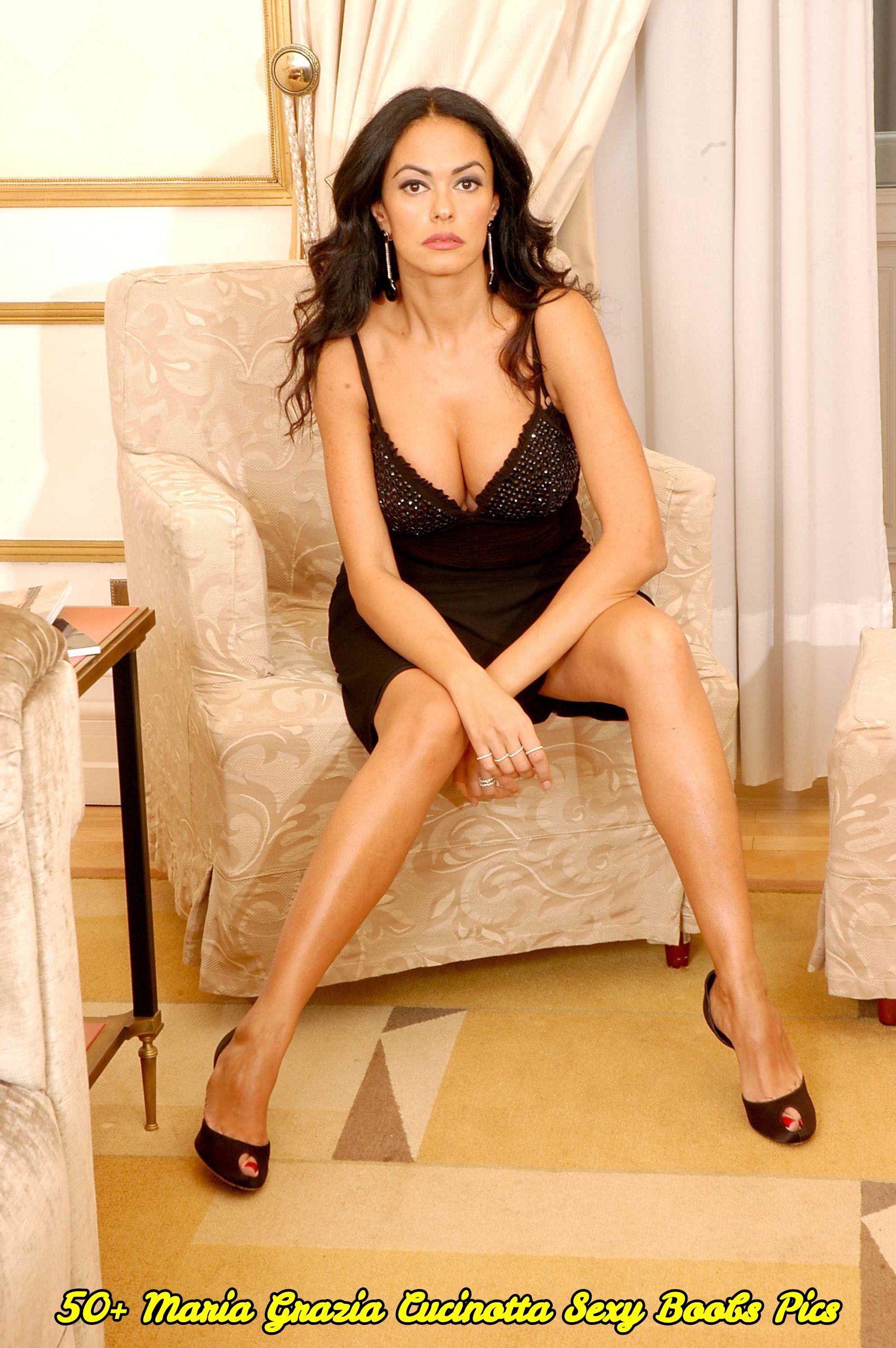Maria Grazia Cucinotta sexy boobs pics