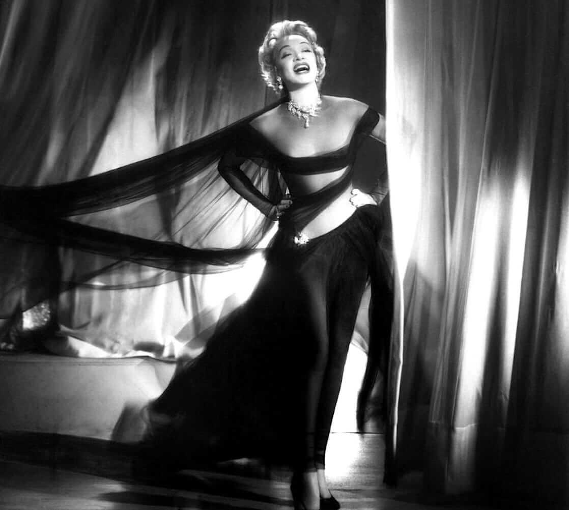 Marlene Dietrich sexy tits pics