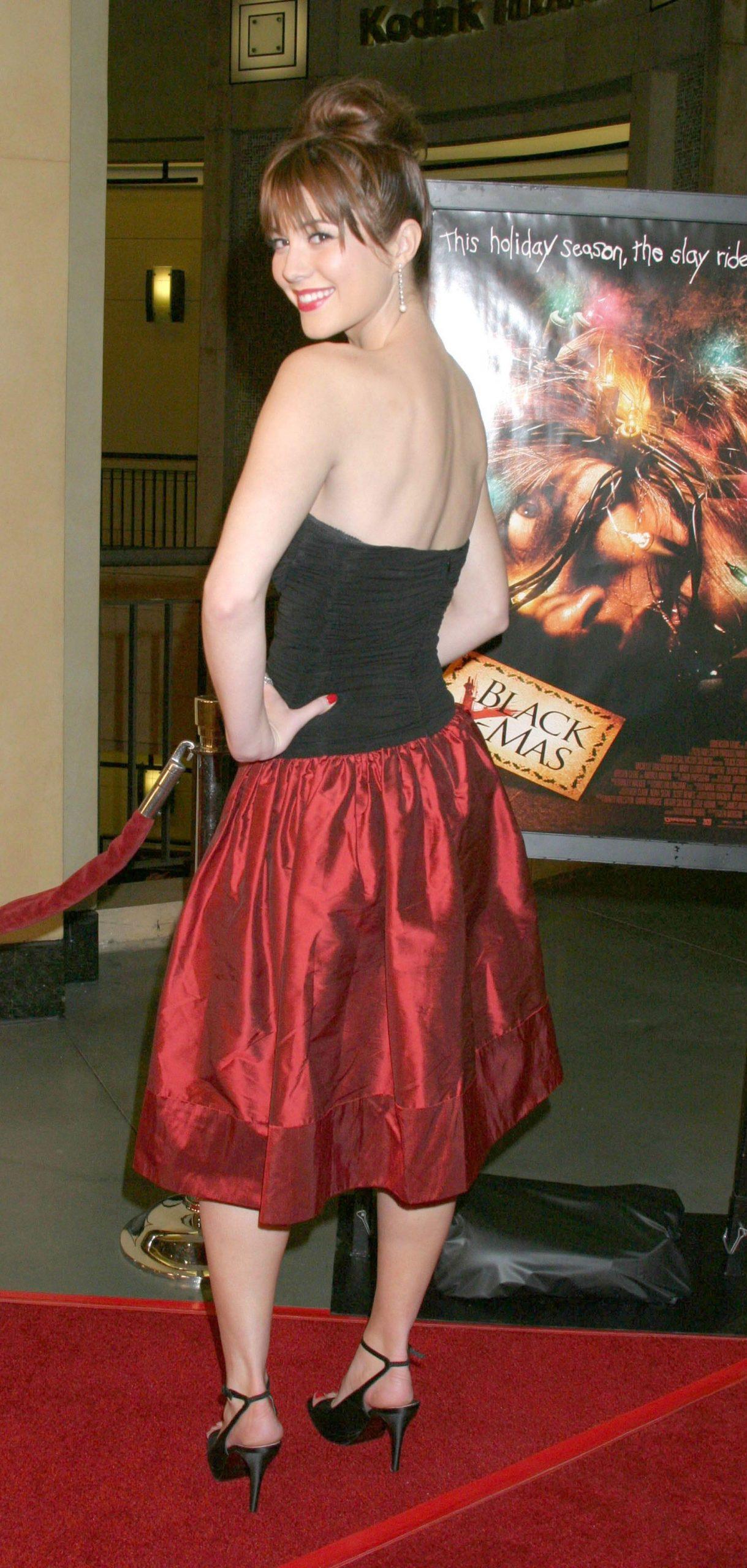 Mary Elizabeth Winstead amazing ass pic