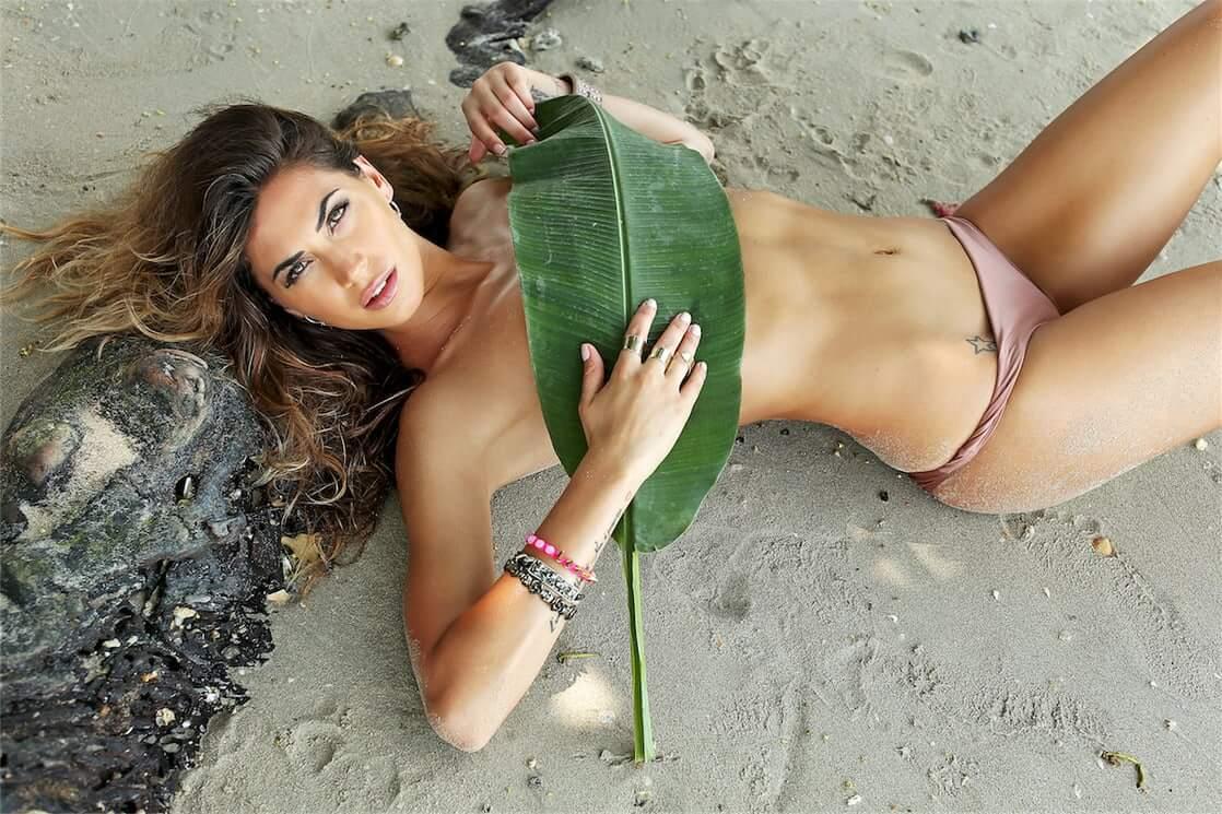Melissa Satta near nude pics