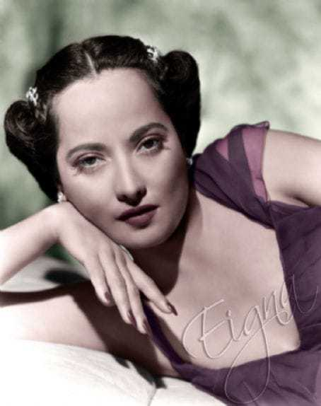 Merle Oberon amazing boobs pictures