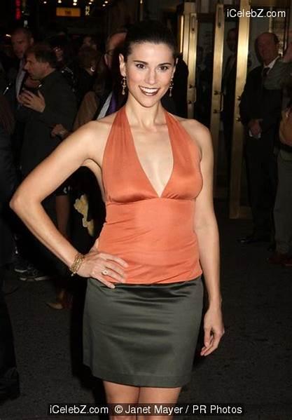 Milena Govich sexy pic
