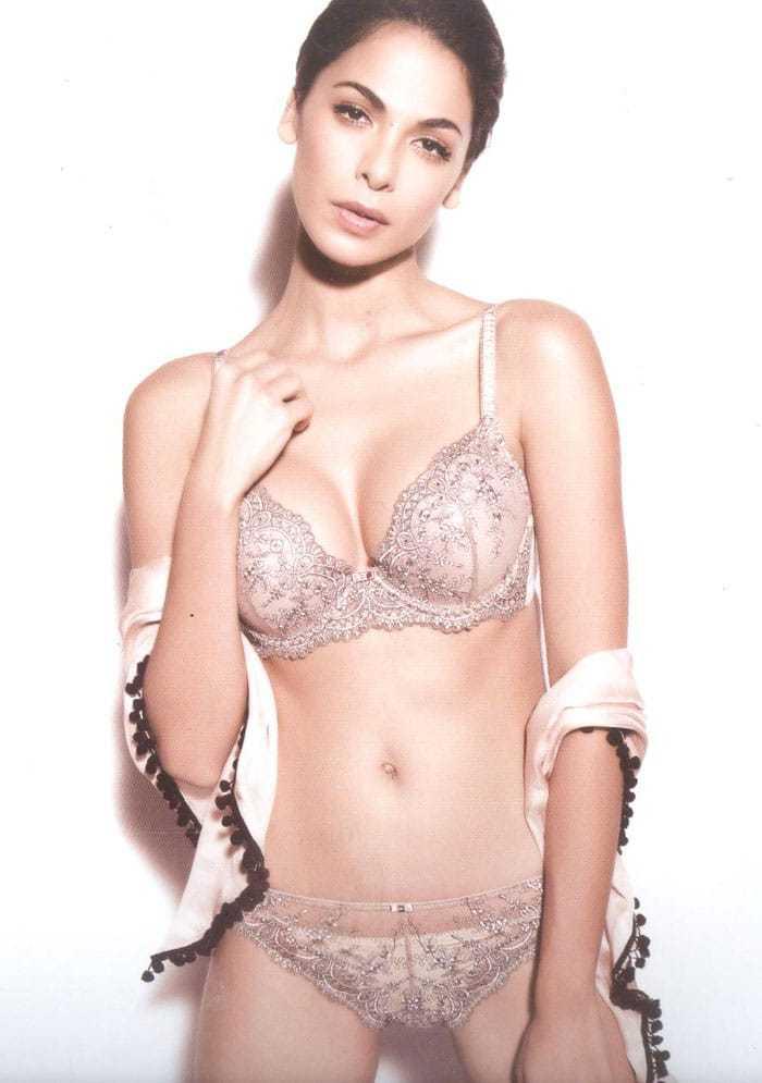 Moran Atias bikini pics