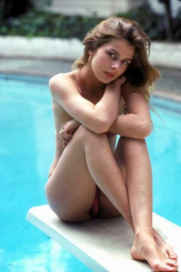Nastassja Kinski topless pics