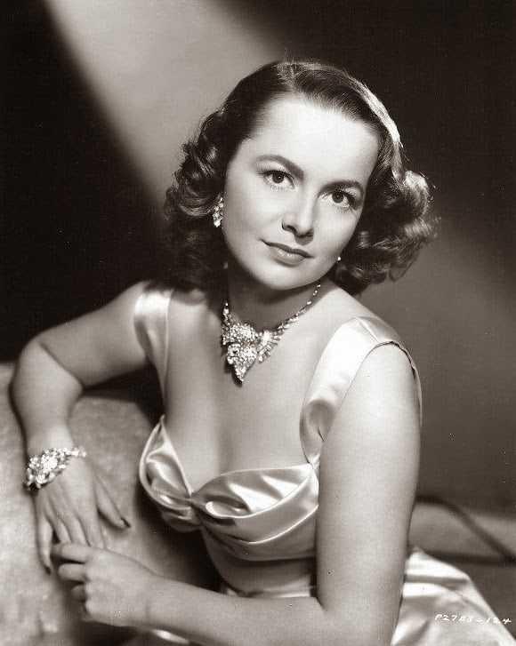 Olivia de Havilland sexy pictures