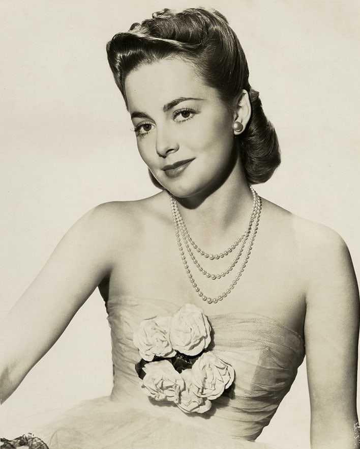 Olivia de Havilland tits pics (2)