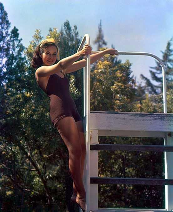 Paulette Goddard lingerie pics
