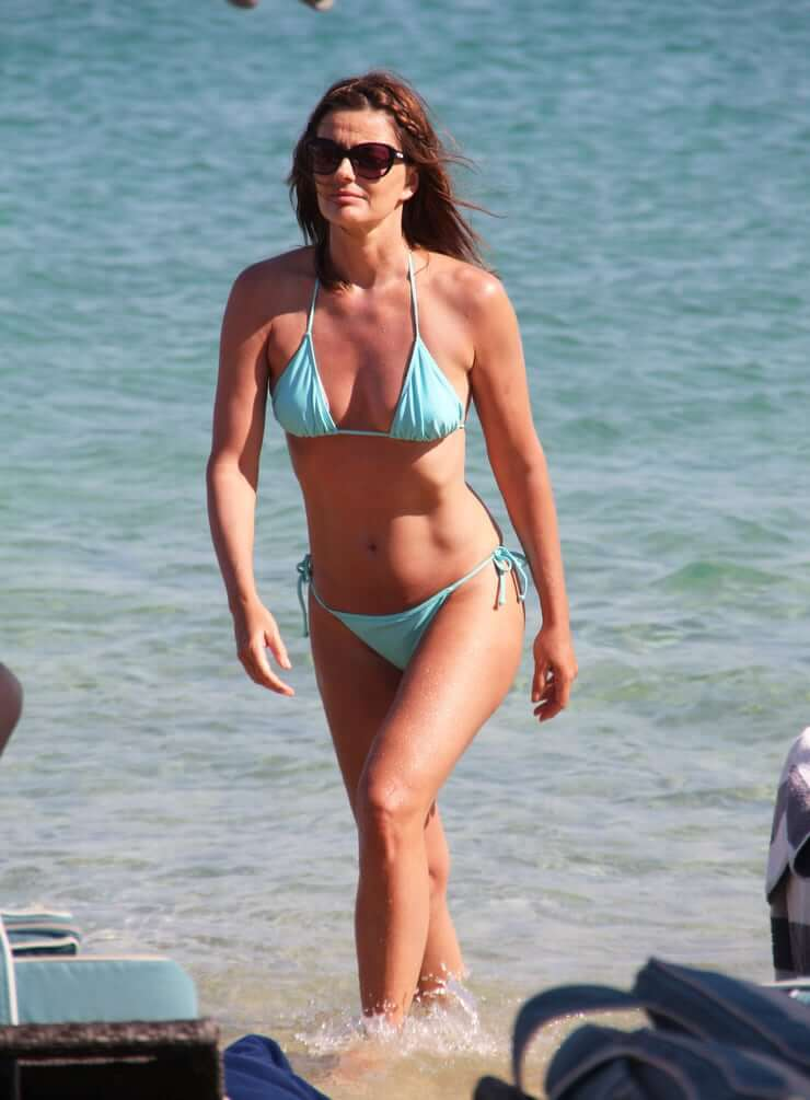 Paulina Porizkova sexy bikini pictures