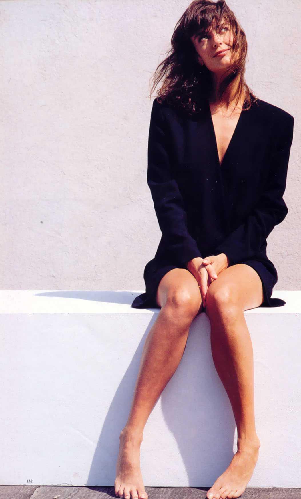 Rachel Ward sexy look pics