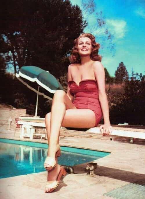 Rita Hayworth sexy cleavage pics