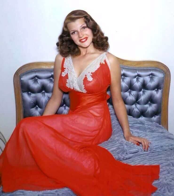 Rita Hayworth sexy dress pics