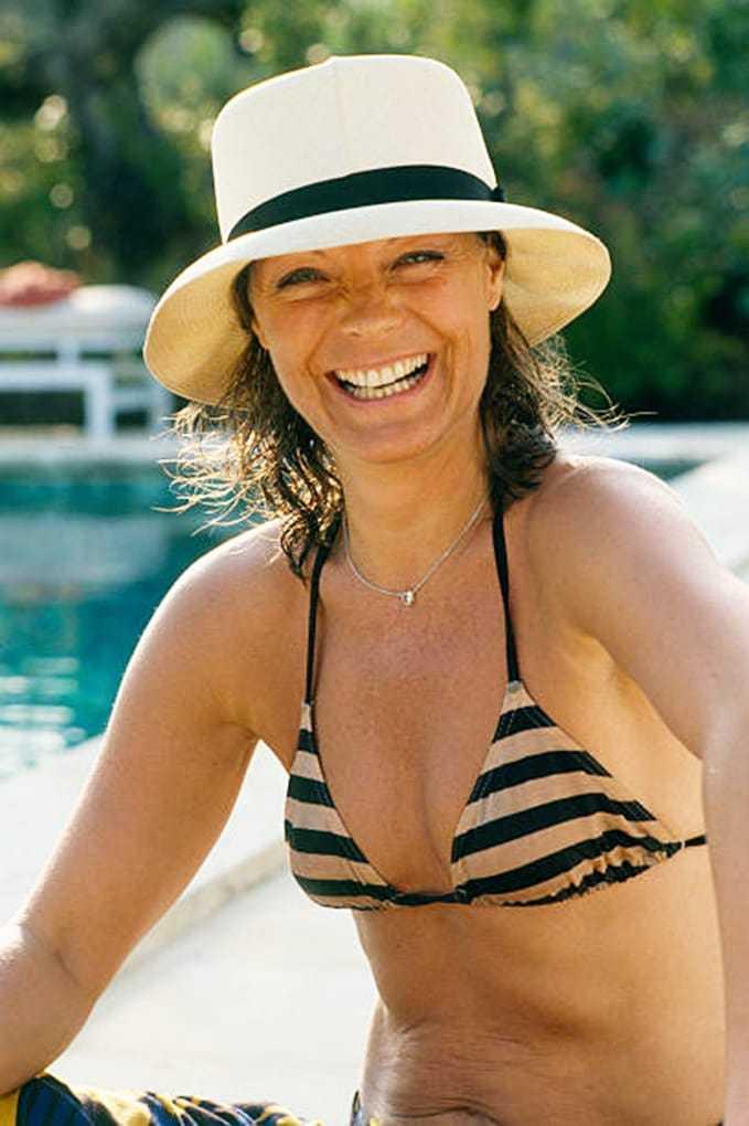 Romy Schneider cleavage pics