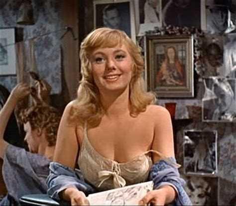 Shirley Jones big busty pics