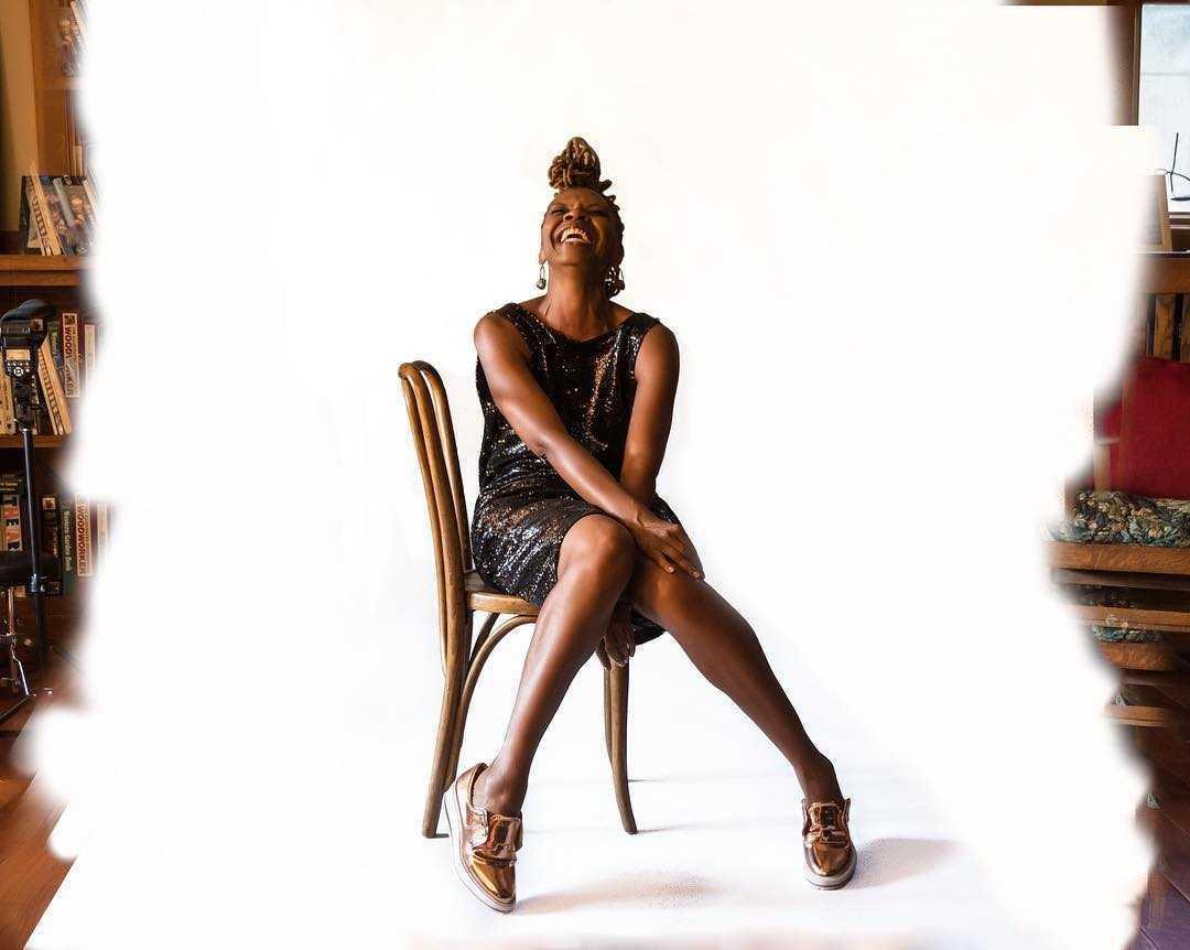 Simbi Khali hot look pics
