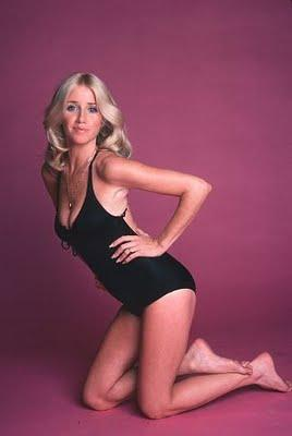 Suzanne Somers amazing boobs pics